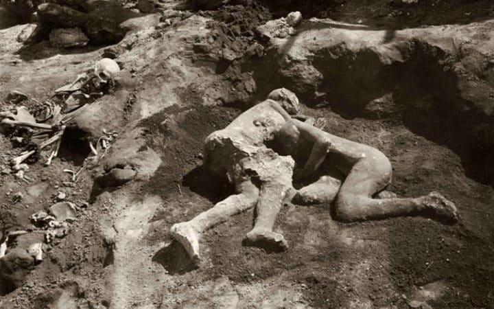Gays At Pompeii?