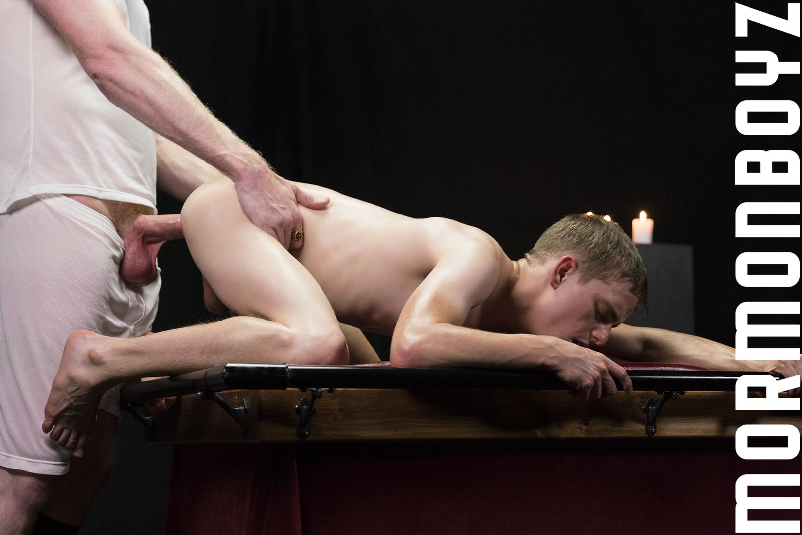 170820_mbz_07-mormonboyz-gay-daddy-son-sex_pic24